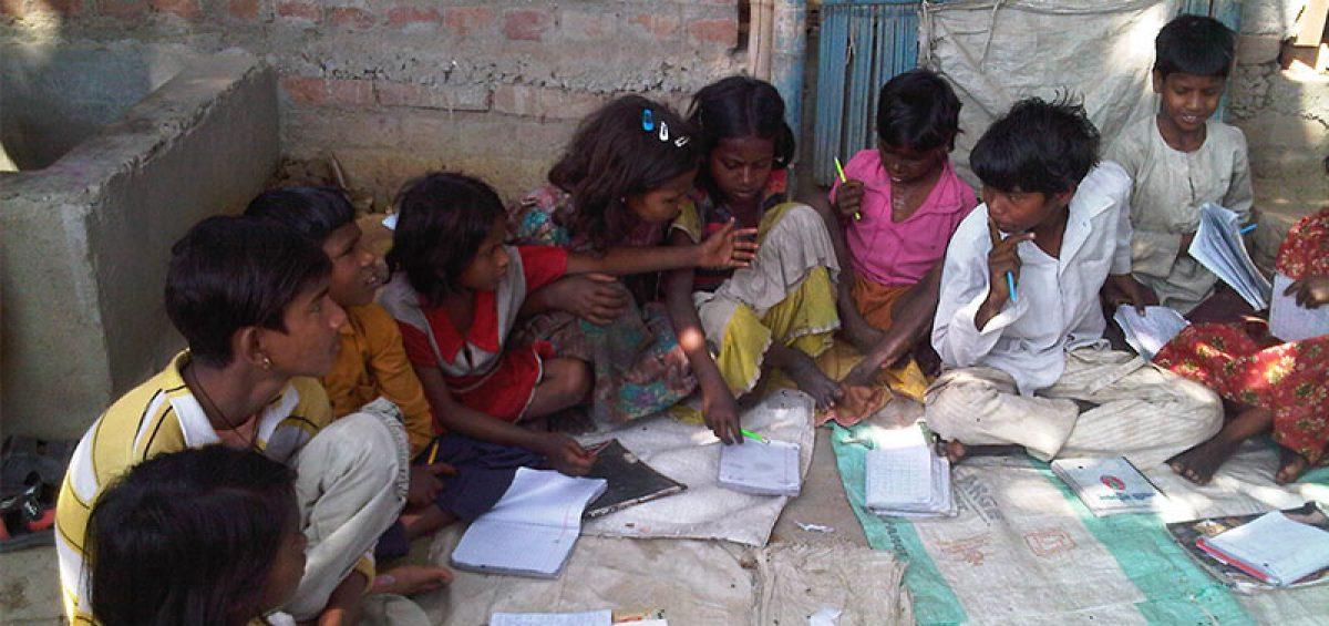 Educating-Musahar-Children_800x500